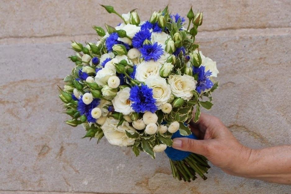 Свадебные букеты для невесты с синими цветами 2017