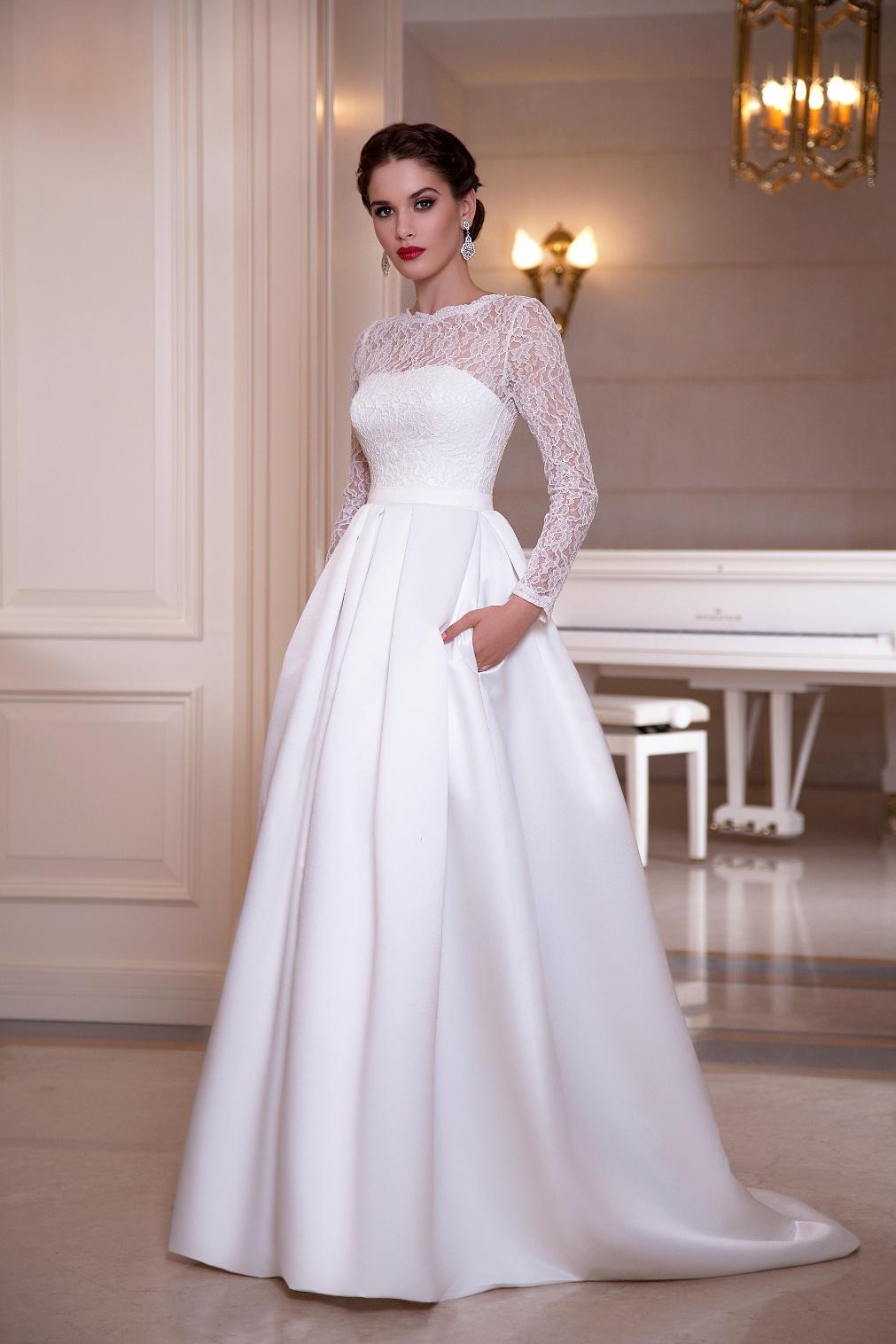 Фото свадебного платья с рукавом