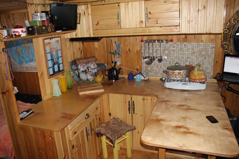 Как сделать кухню из дерева своими руками