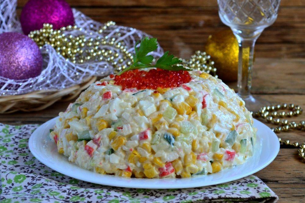 Салат крабовый классический рецепт с фото пошагово