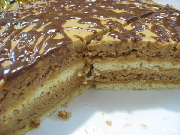 Торт наполеон с заварным кремом и вареной сгущенкой