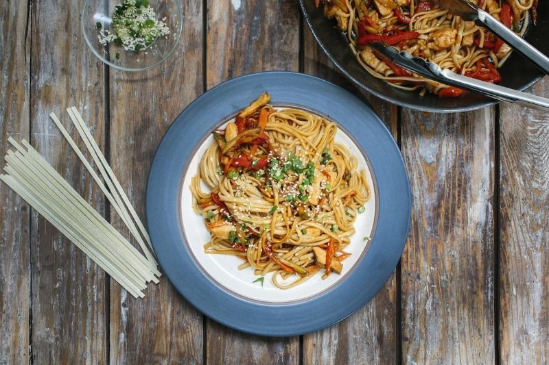 Как приготовить лапшу удон с овощами в домашних условиях