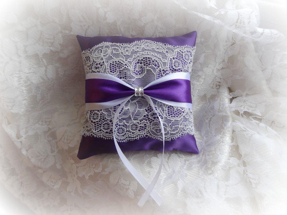 Подушка для свадебных колец