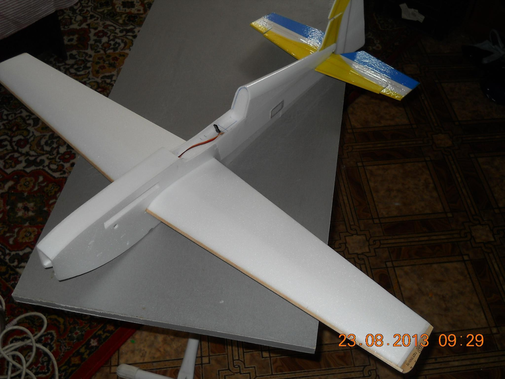 Как сделать самолет из потолочной плитки своими руками
