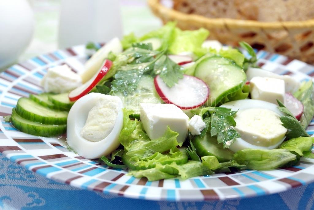 Салат огурцы свежие яйцо
