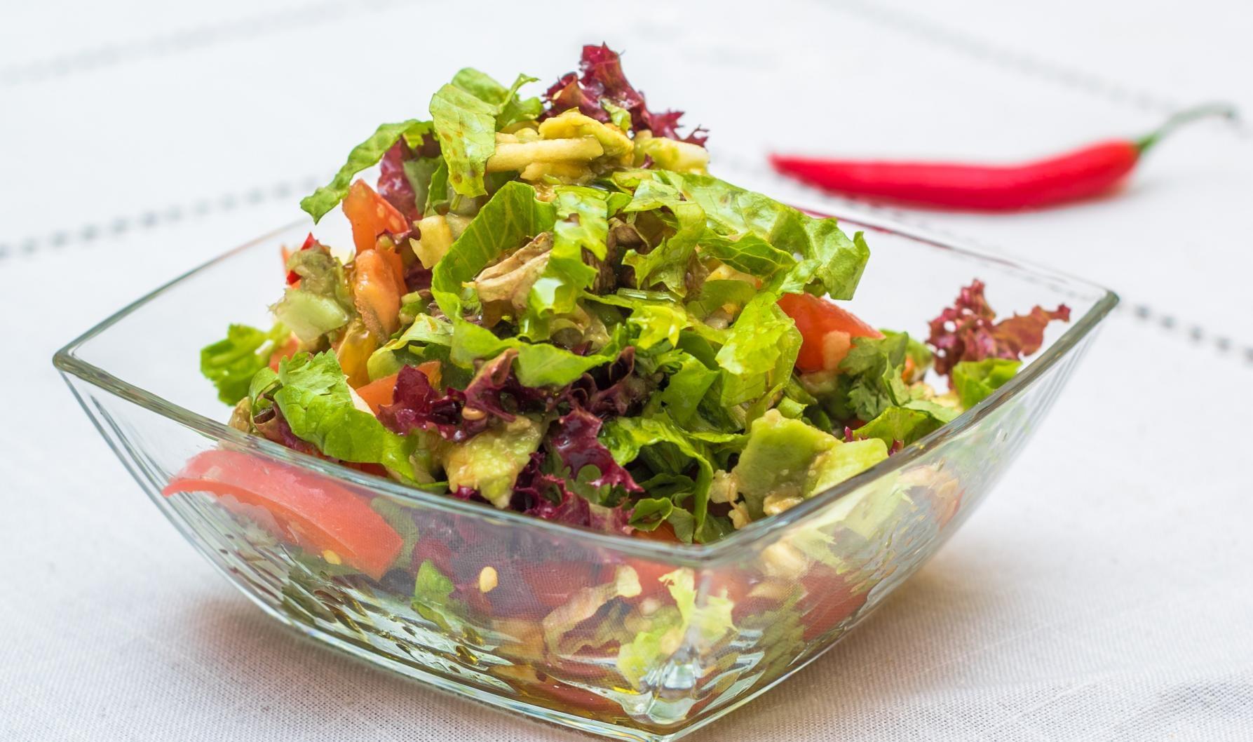 Салат с капустой и свеклой с майонезом