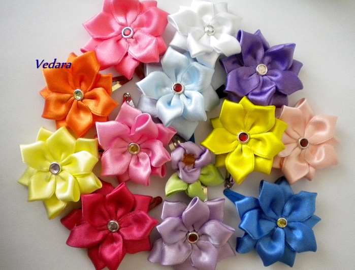 Заколки цветы из лент