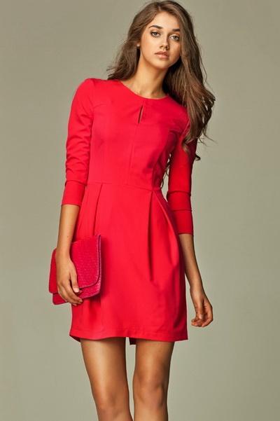 Красное платье на каждый день