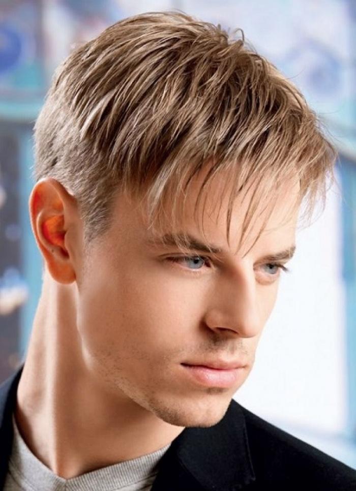 Причёска на средние волосы с чёлкой мужская