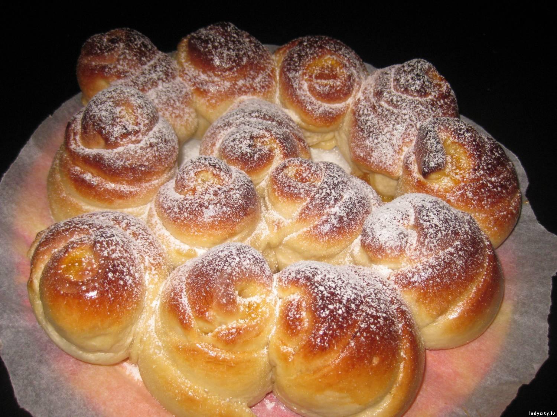 Рецепт сдобных булочек пошагово