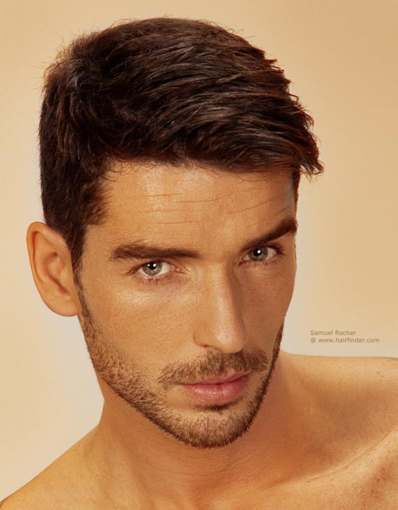 Красивая мужская прическа с короткими волосами