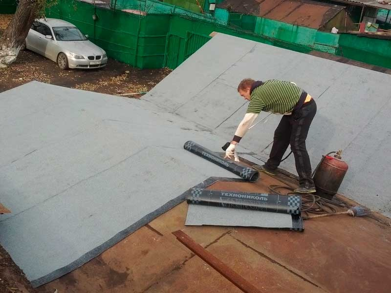 Покрыть крышу гаража стеклоизолом