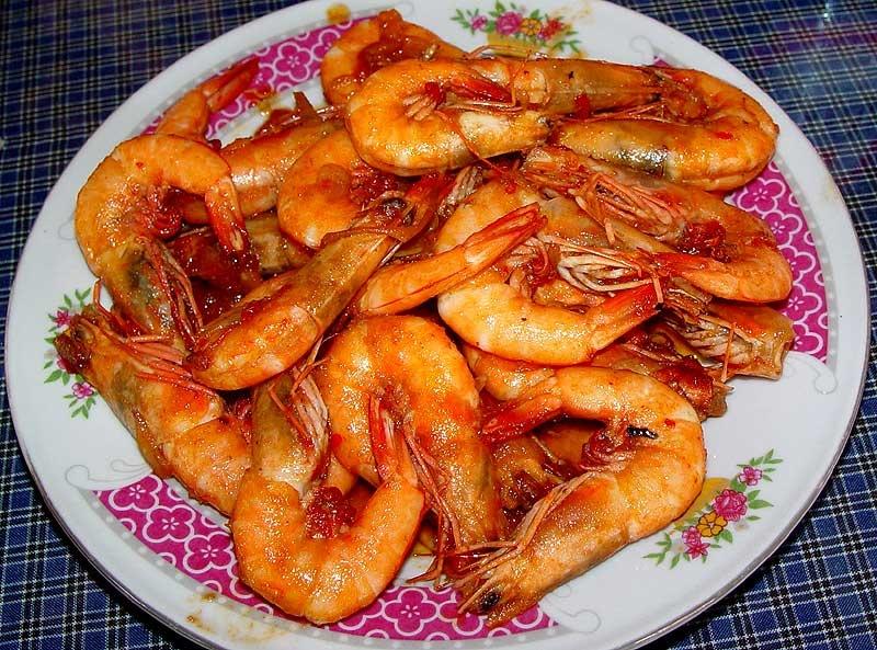 Креветки жареные с чесноком на сливочном масле с фото