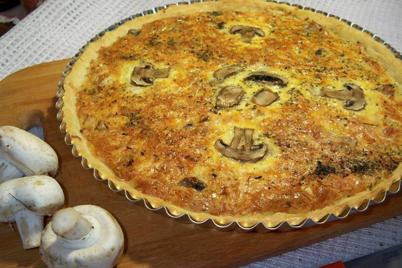 Пирог из курицы с картошкой и грибами рецепт