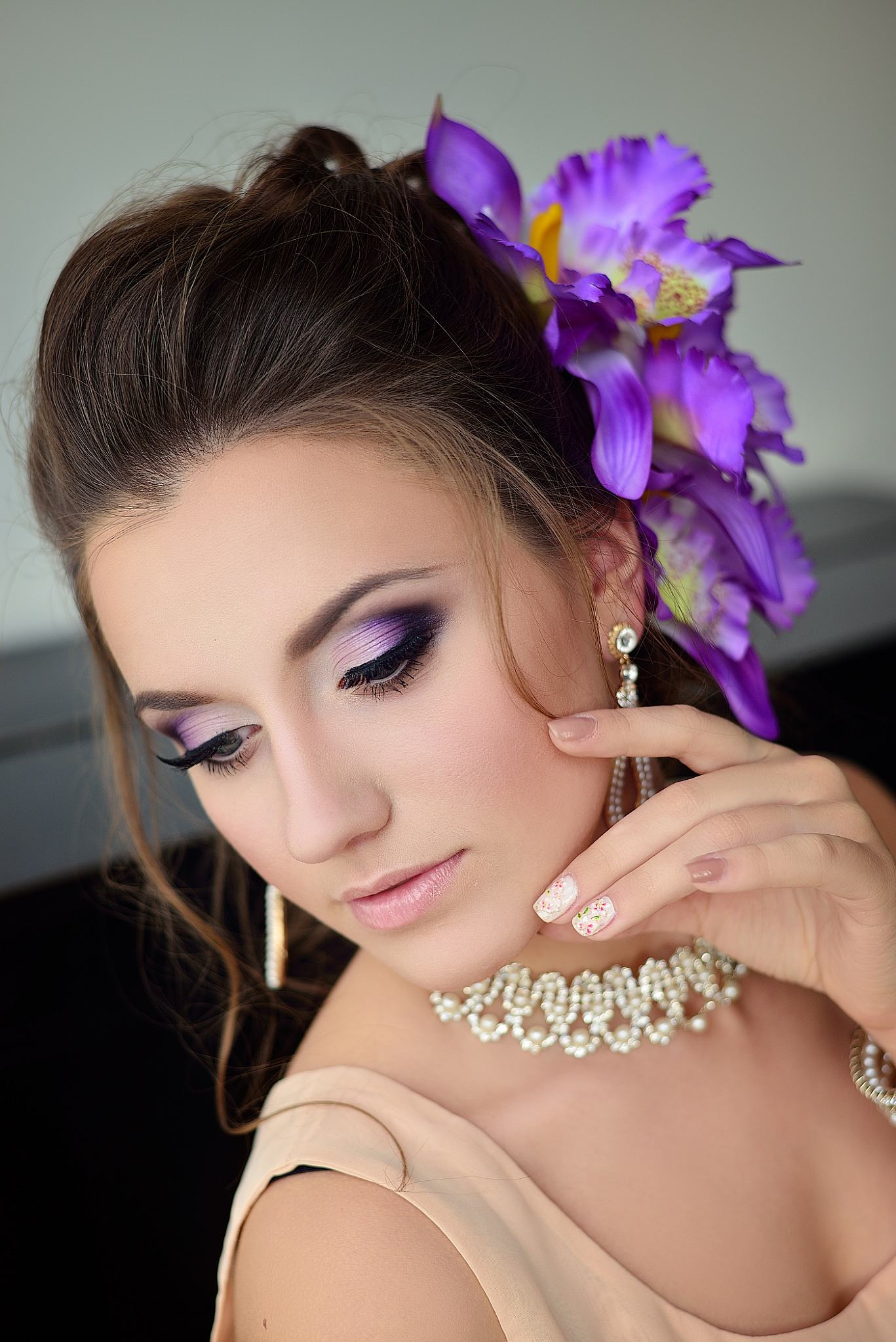 Фото свадебного макияжа в фиолетовых тонах