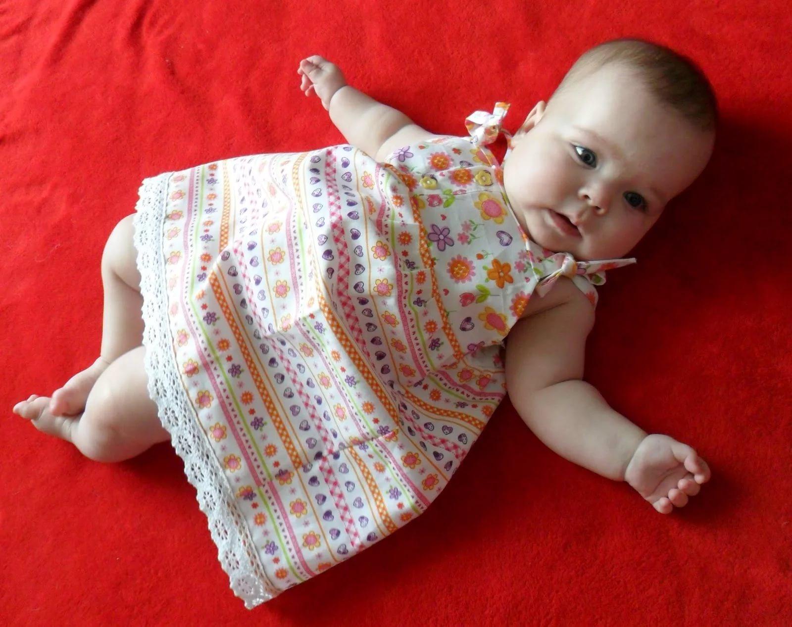 Платье для новорожденной сшить своими руками
