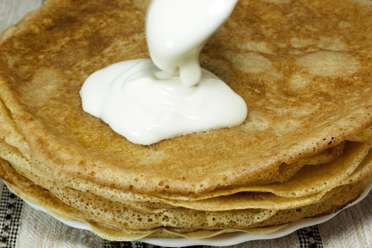 Блины из кислого молока без яиц рецепт пошагово