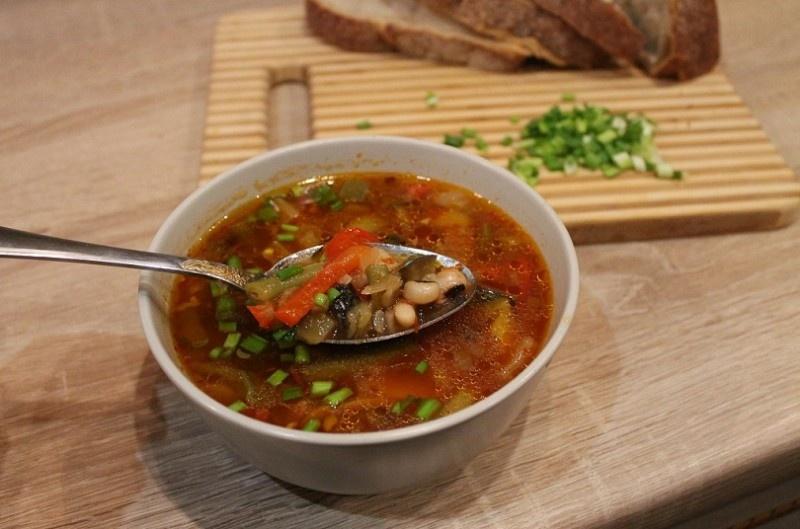 Супы с фасолью постные