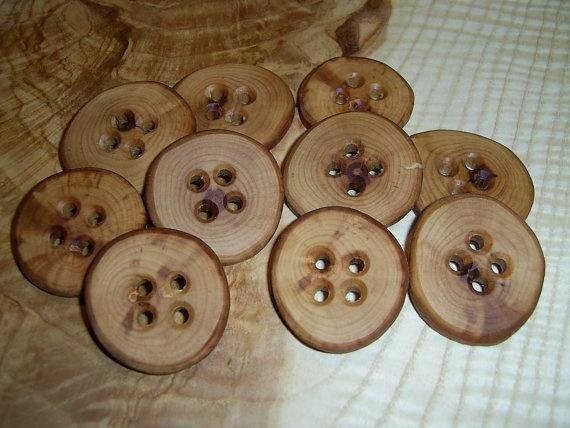 Пуговицы из дерева своими руками