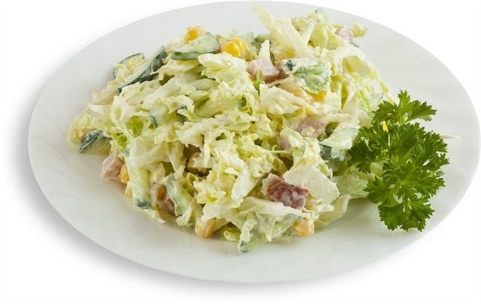 Салат простой и вкусный с пекинской капустой