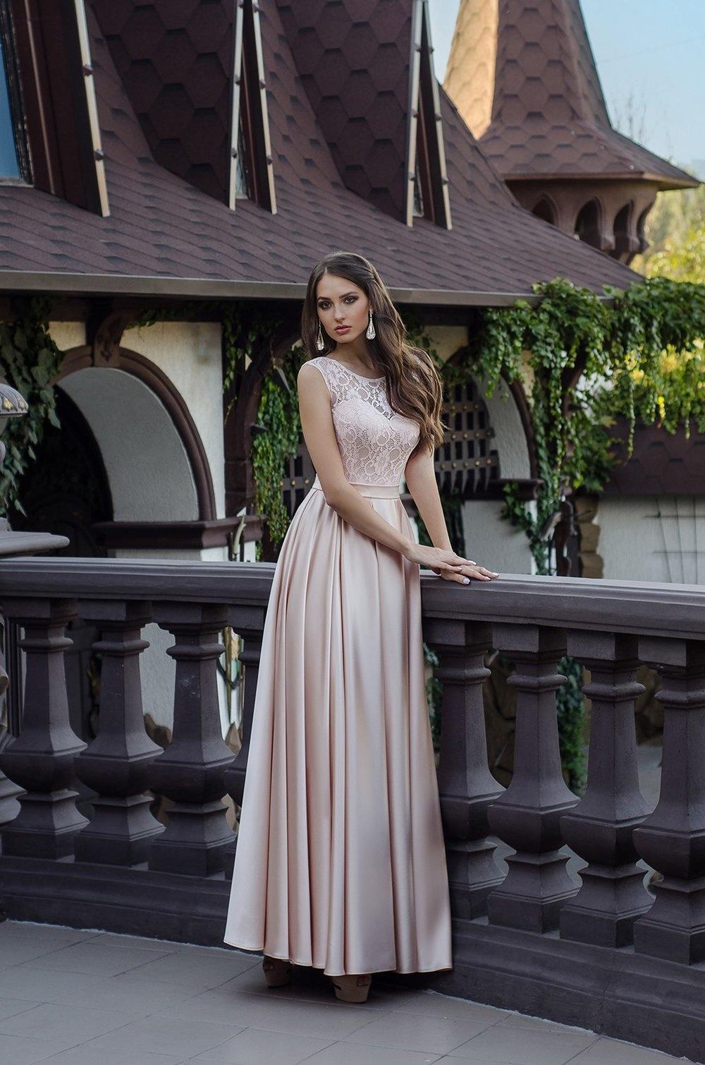 Вечерние платья с гипюровым верхом