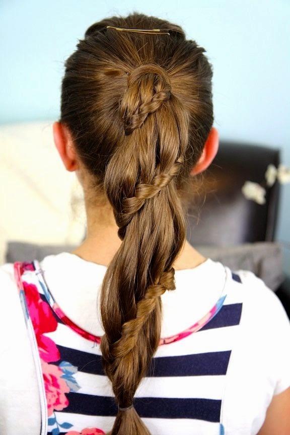 прически для длинных волос для школьницы модные