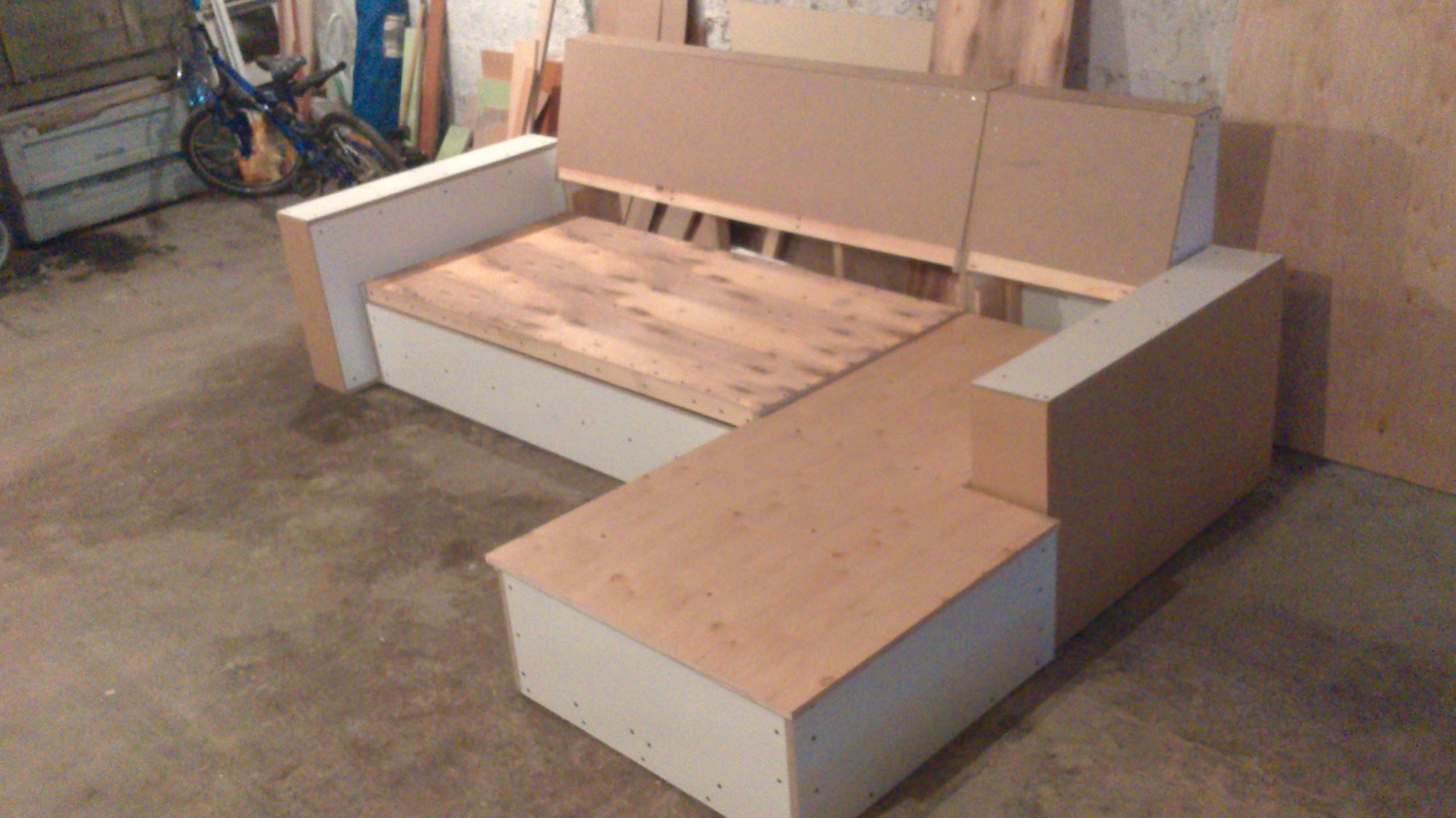 Как сделать мягкой мебель самому
