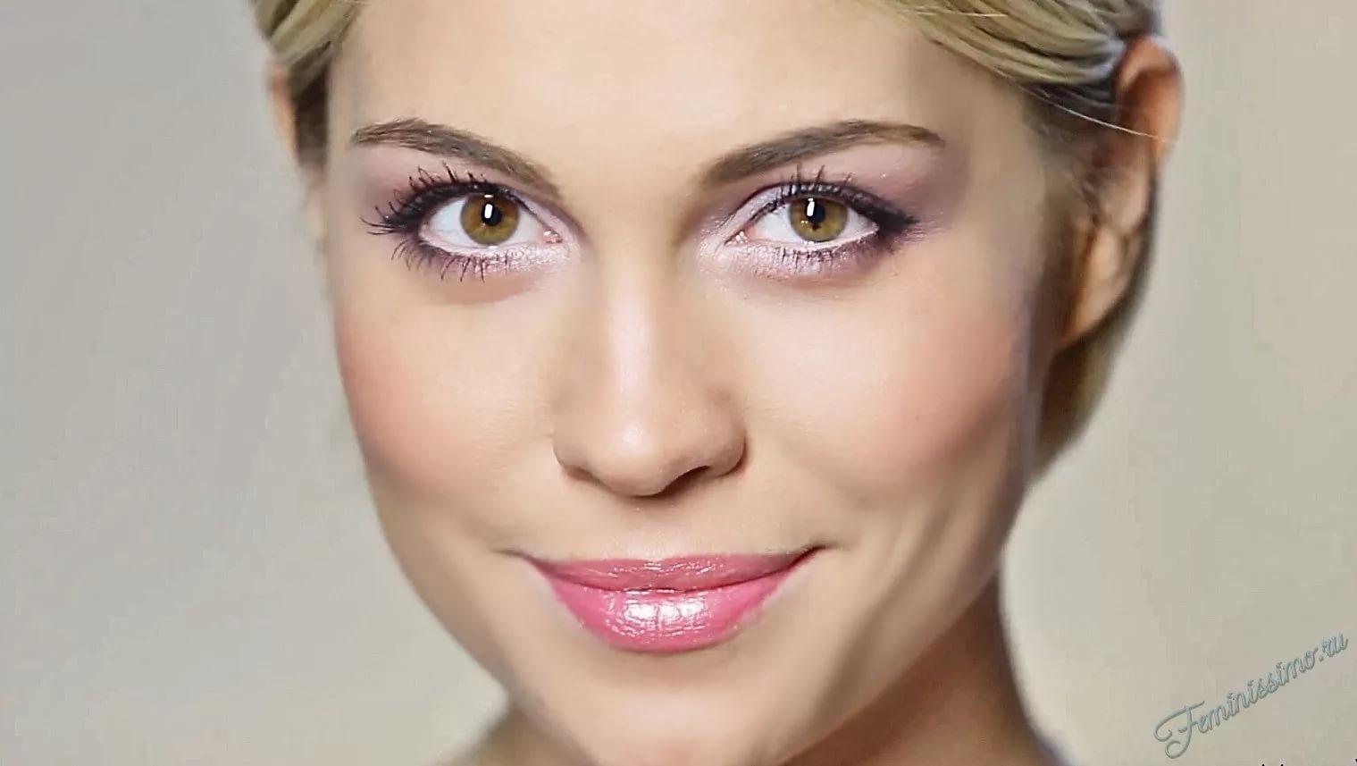 Снять макияж глаз домашних условиях