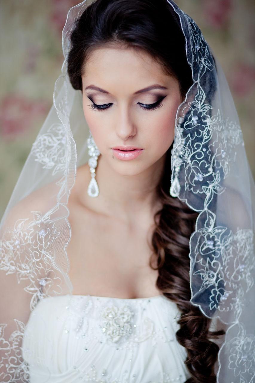 все фото свадебные прически с диадемой и фатой
