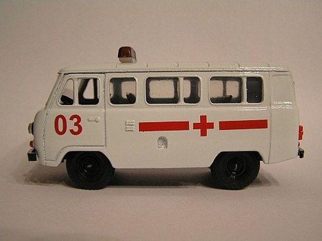 Макет скорой помощи