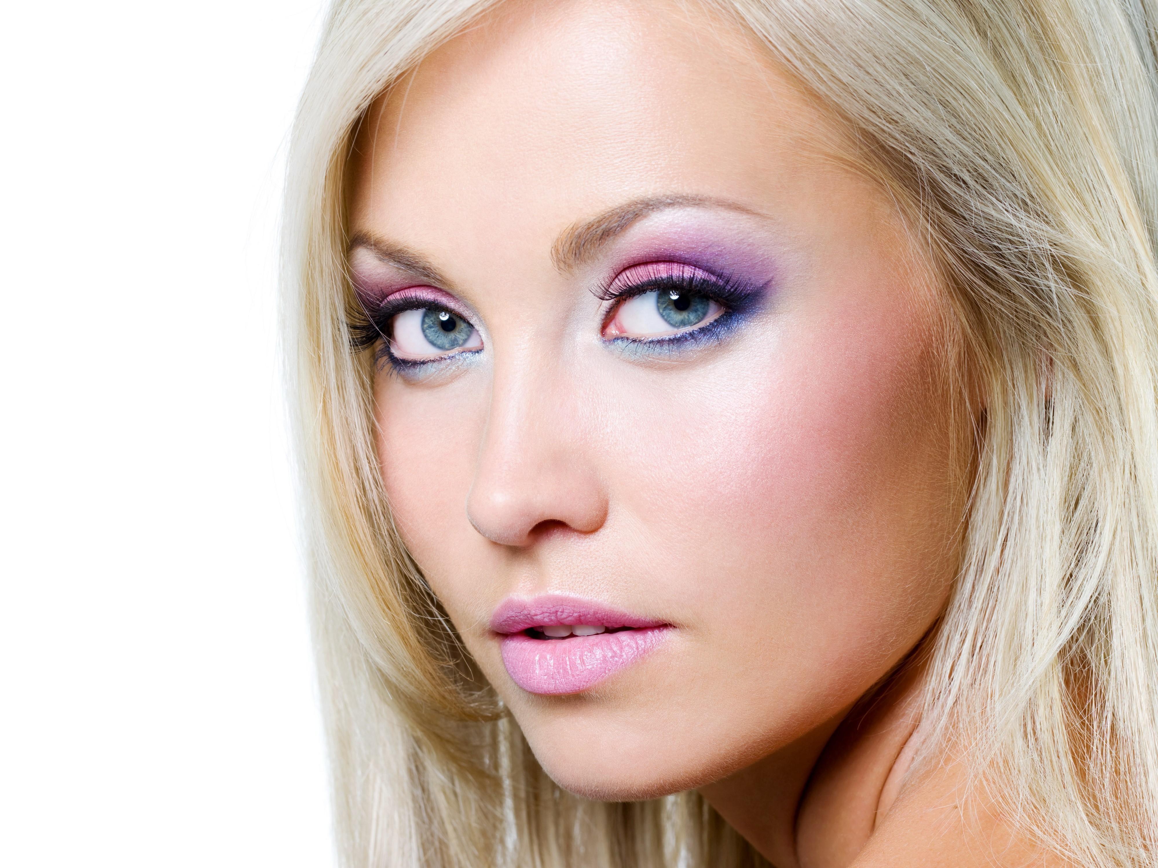 Фото макияжа блондинок с голубыми глазами