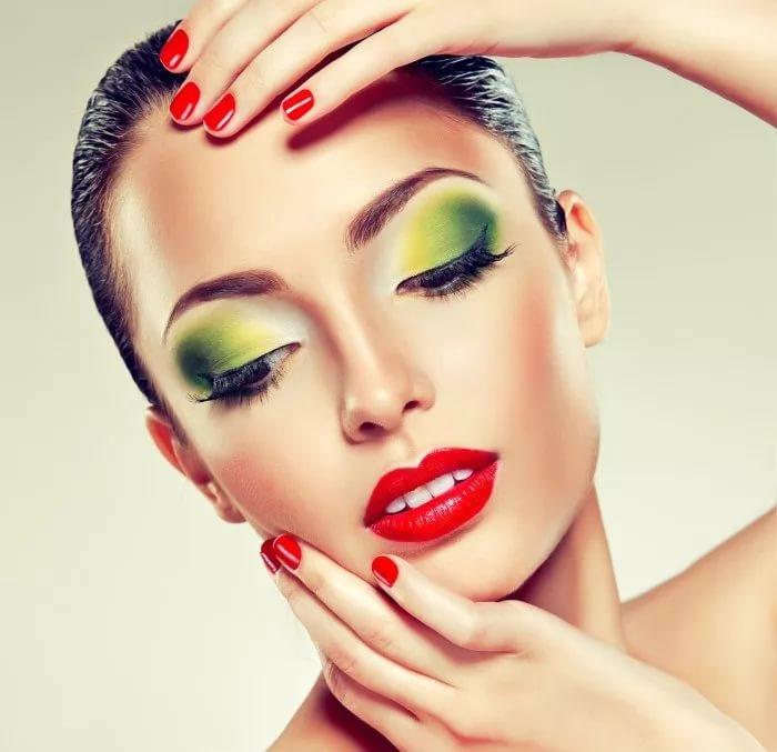 Вечерний макияж и укладка