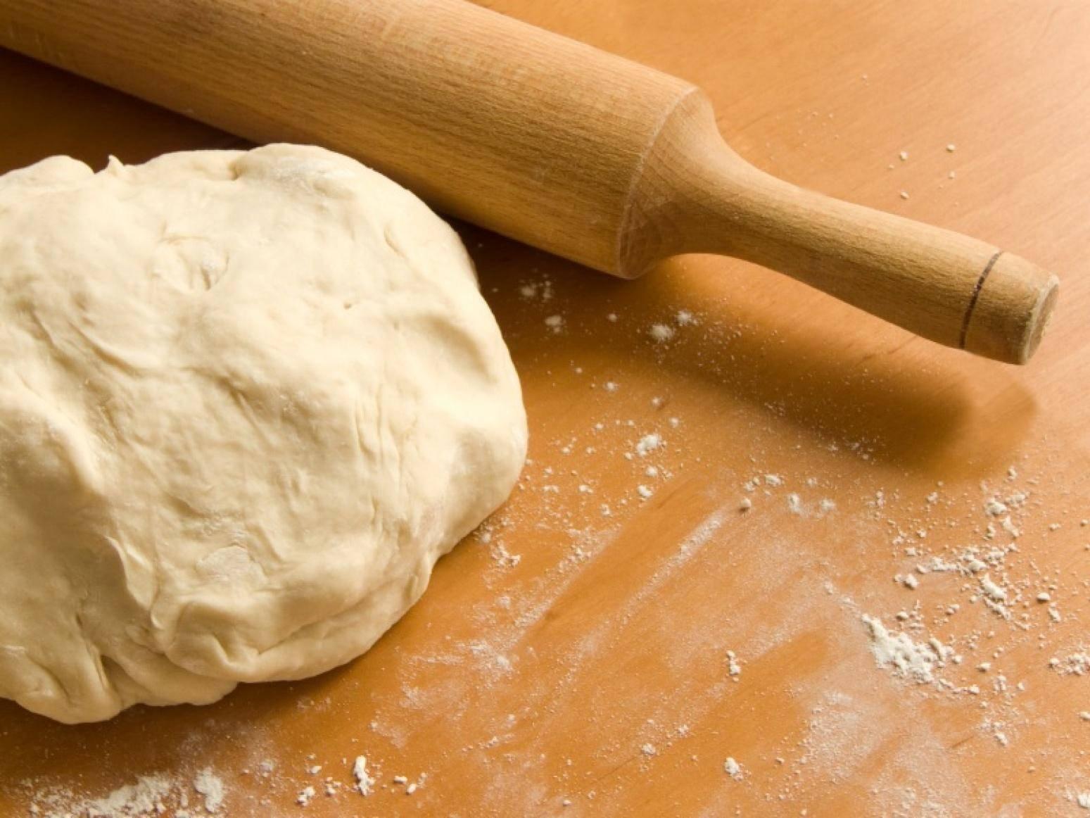 Быстрое тесто с сухими дрожжами