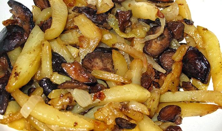 Картошка с замороженными грибами в мультиварке рецепты с фото