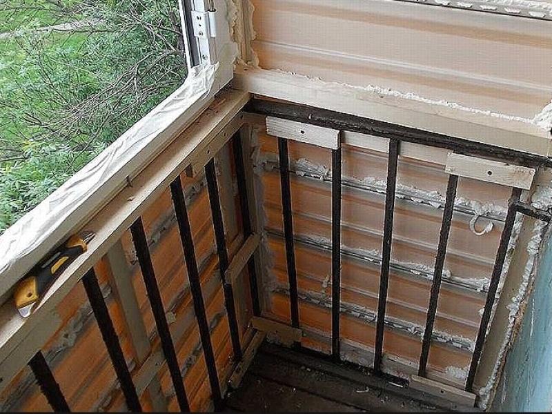 Отделка балкона снаружи своими руками чем лучше обшить балкон