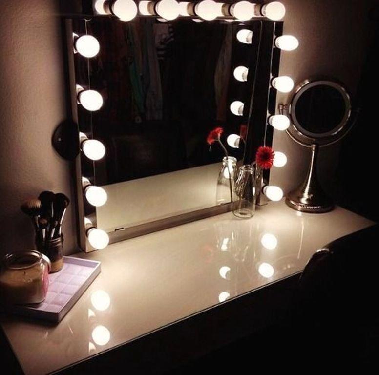 Зеркала с подсветкой  Магазин для визажистов