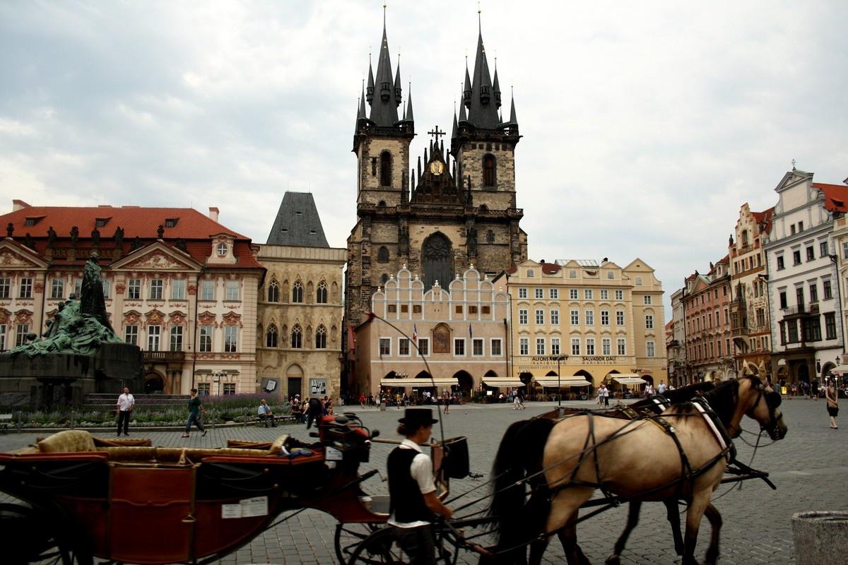 Экскурсионные туры в Чехию авиа туры в Прагу горящие
