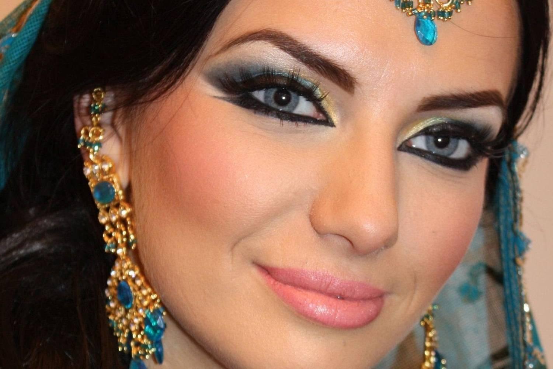 Татуаж бровей в Москве сделать перманентный макияж бровей