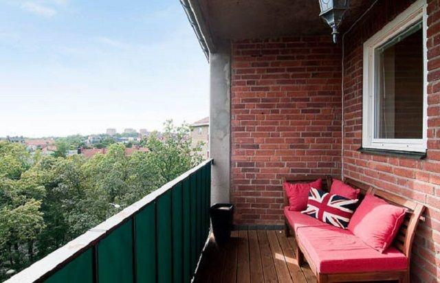 Как облагородить кирпичный балкон интересное в мире сегодня .