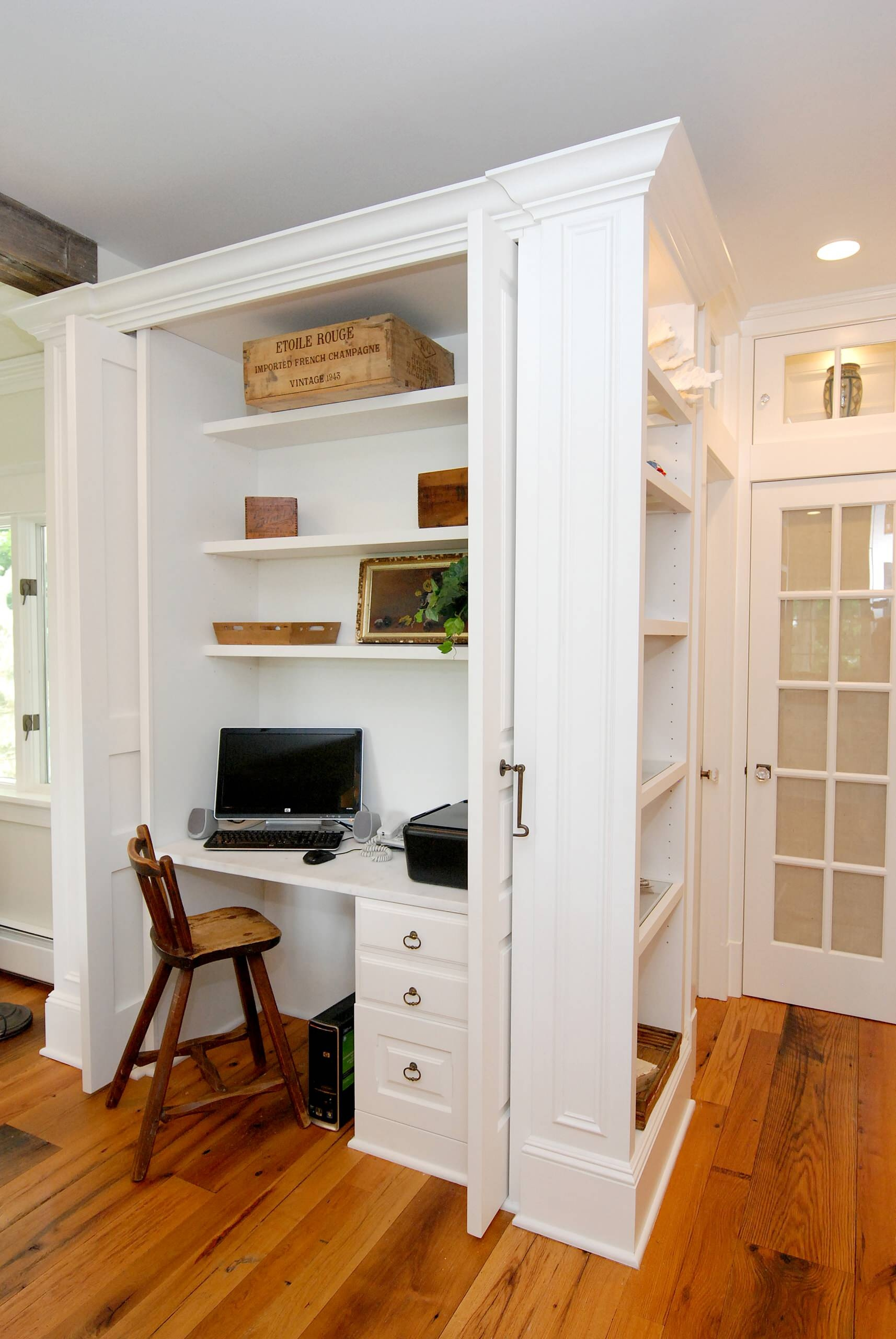 Обустраиваем кабинет в самых неожиданных местах квартиры.