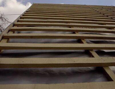 какой доской делать обрешетку крыши